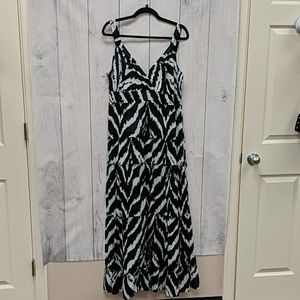 Style&Co Maxi Dress Black and White Size Large